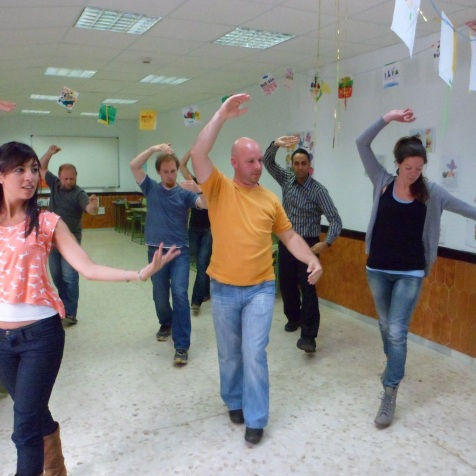 Español Total students learn Flamenco as part of the day's cultural activity